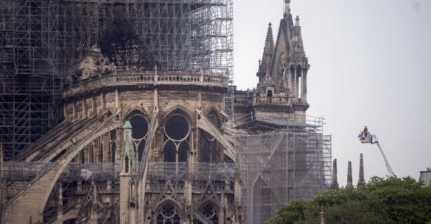 Notre-Dame yangını: Hangi tarihi eserler kurtarıldı, hangi eserlerin akıbeti bilinmiyor?