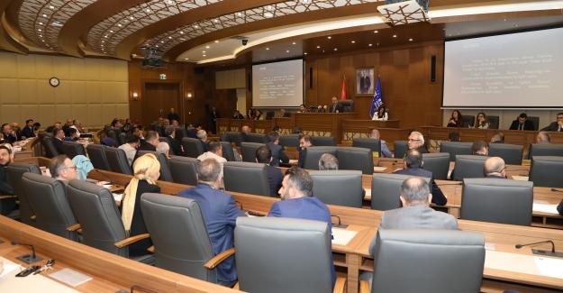 Büyükşehir Belediyesinde yeni yönetim organizasyonu