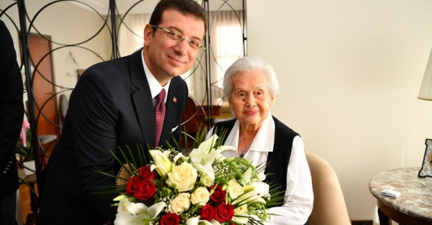 İmamoğlu, 27 Mayıs darbesinin 59. Yılında Celal Bayar'ın kızı Nilüfer Gürsoy'u ziyaret etti