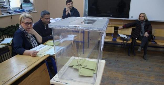 İstanbul'da seçmen kaydı telaşı