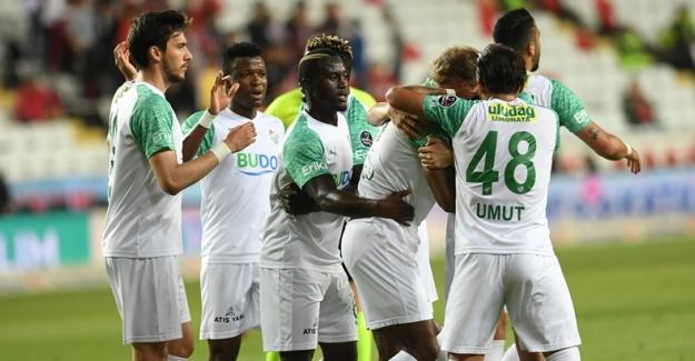 """Nihayet: """"Antalyaspor 0-1 Bursaspor"""""""