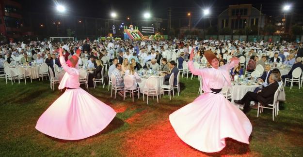 Nilüfer Belediye Çalışanlarının renkli iftar buluşması