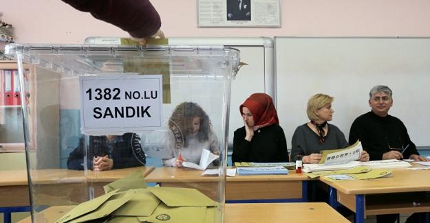 Seçimlerin yenilendiği 3 ilçe ve 1 beldede kazananlar belli oldu