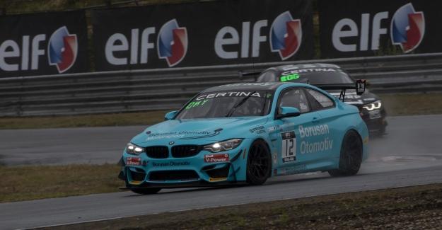 Borusan Otomotiv Motorsport Hollanda'dan Puanla Döndü