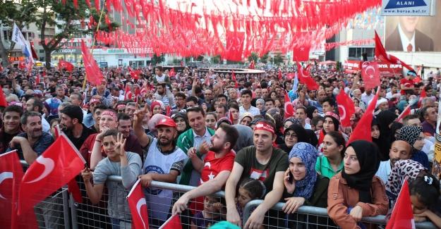 Bursa'da 15 Temmuz Etkinlikleri yoğun ilgi gördü