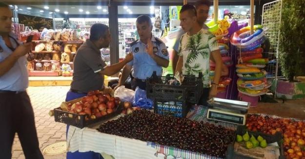 Gemlik Belediyesi Kumla'da seyyar satıcılara göz açtırmıyor