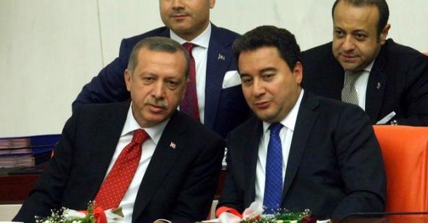 """AK Parti ilk kurucularından Yaşar Yakış: """"AKP teknesi su alıyor"""""""