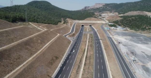Yeni açılan İstanbul-Bursa-İzmir otoyolu test edildi: Gerçekten 3.5 saat mi sürüyor?