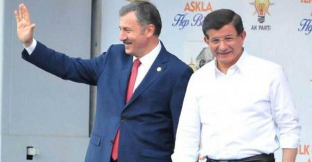 AK Parti MYK'dan karar çıktı: Davutoğlu, Özdağ, Başçı ve Üstün'ün kesin ihracı istendi
