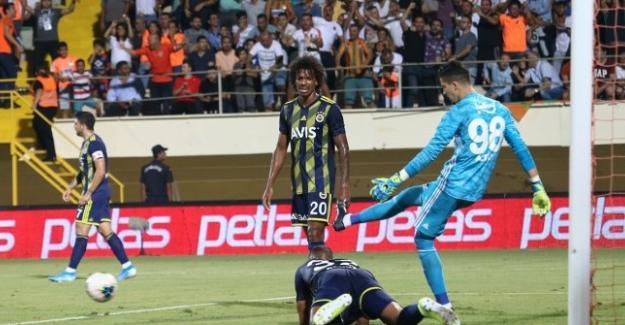 Fenerbahçe Alanyaspor karşısında darmadağın 3 - 1