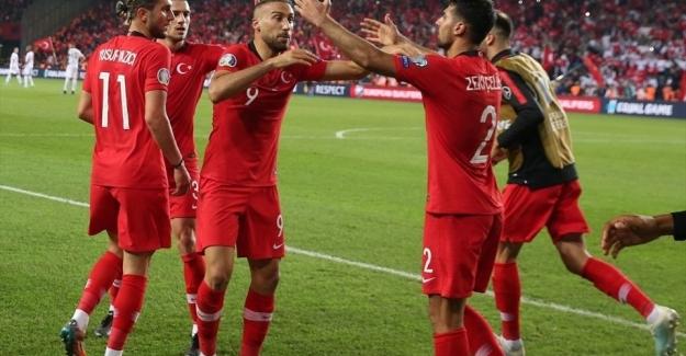 A Milliler Arnavutluk karşılaşmasında son dakikada güldü: 1 - 0