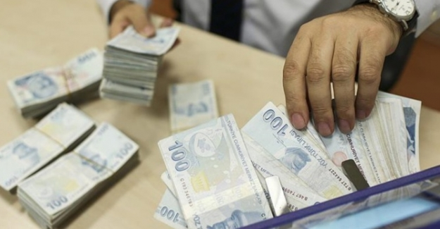 Bankalar piyasasında mevduat ve krediler düşüş gösterdi