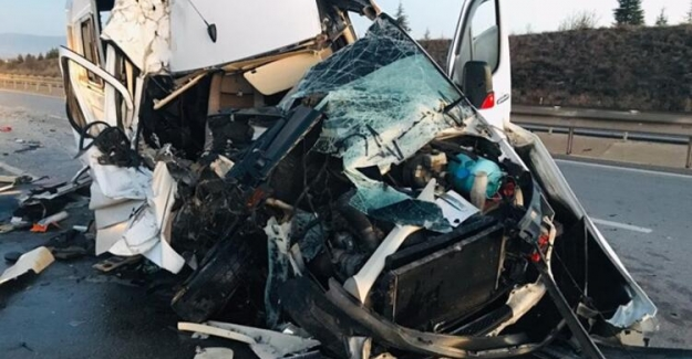Bursaspor taraftarlarının feci trafik kazası