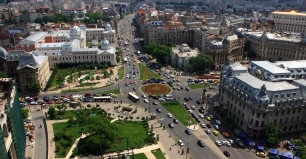 Yazarımız ALİ KAYBAL'ın Bükreş'teki tarihi ve turistik incelemeleri (7) -  Üniversite Meydanı ve civarındaki tarihi eserler