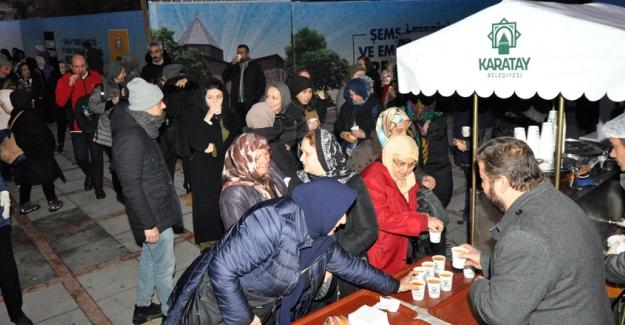 Konya'da Vuslat'a özel çorba ve sahlep ikramı
