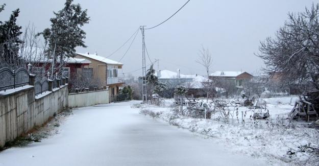 İstanbul'da kar etkili olmaya başladı