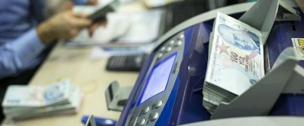 Banka müşterilerinden alınan bazı ücret ve komisyonlar düşürüldü