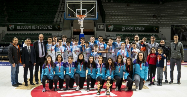 Bursa Yıldızları Türkiye Şampiyonasına hak kazandılr