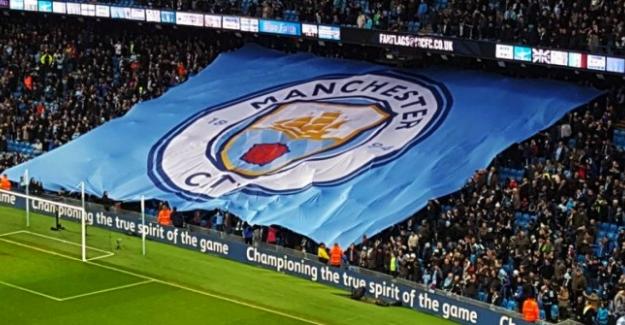 İngiltere Lig Kupası üst üste 3. kez Manchester City'nin
