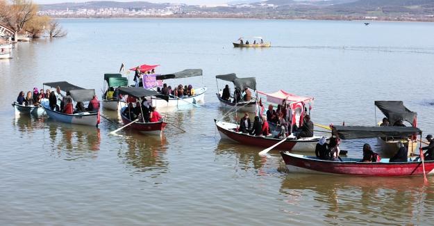 Kadınlar Gölyazı'da buluştu