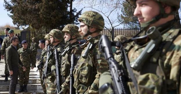 Yunan güvenlik güçleri 218 kişiyi gözaltına aldı
