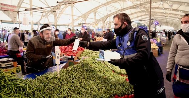 Nilüfer'de ücretsiz maske dağıtımı