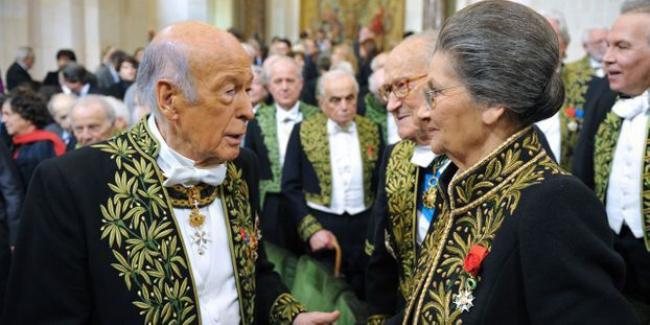 Fransa Eski Devlet Başkanı Valery Giscard d'Estaing hakkında cinsel taciz soruşturması başlatıldı