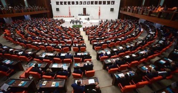 Çoklu Baro yasa teklifi TBMM Genel Kurulu'nda kabul edilerek yasalaştı