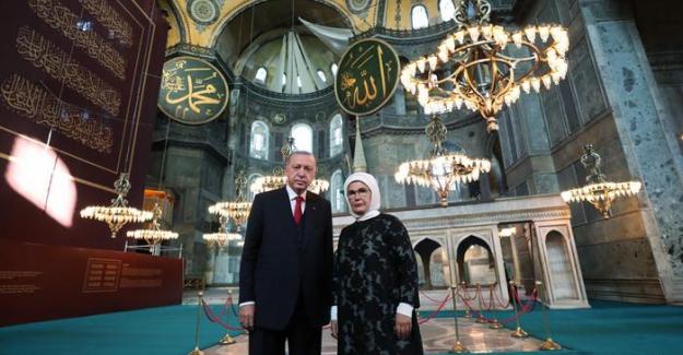 Freskler kapatıldı, cami tabelası asıldı. Ve Yunanistan ile Rusya'nın Ayasofya  tutumu