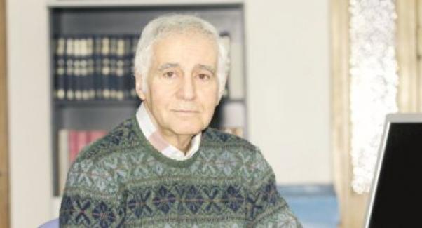 Gazeteci-yazar Mehmet Ali Kışlalı vefat etti!