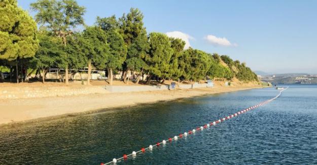 Gemlik Hasanağa Kadınlar plajı yenilenerek hizmete açıldı