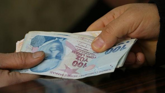 Banka kredi faiz oranları süratle yükseliyor