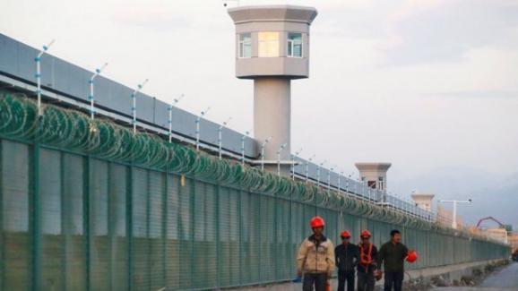 Çin'de gözaltında kaybolan Uygur modelden mesaj ve görüntüler: 'Sorgu odalarından çığlıklar geliyordu'