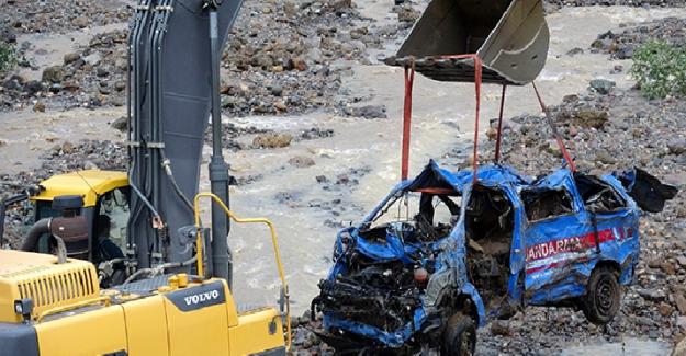 Giresun Sel Felaketinde 3'ü Jandarma personeli olmak üzere 8 can kaybı