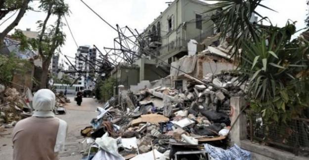 Lübnan hükümeti istifa etti, ölü sayısı 200'ü geçti
