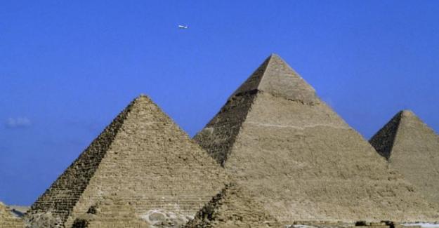 Mısır'dan Elon Musk'a: Piramitleri uzaylılar yapmadı
