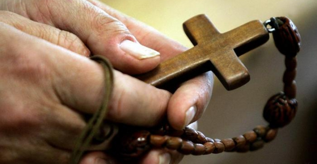 Katolik Kilisesi'nden papazların cinsel taciz mağdurlarına tazminat