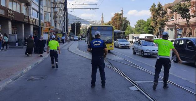 Minibüs ve otobüslere 'ayakta yolcu' denetimi