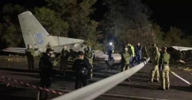 Ukrayna'da askeri uçak düştü!.. 26 kişi hayatını kaybetti..