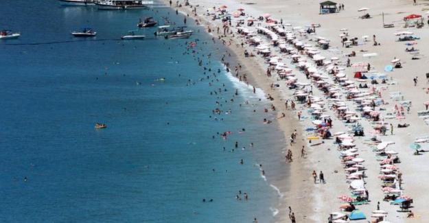 Yazın turizm gelirinde kayıp en az 11 milyar dolar, turizmciler ne diyor?