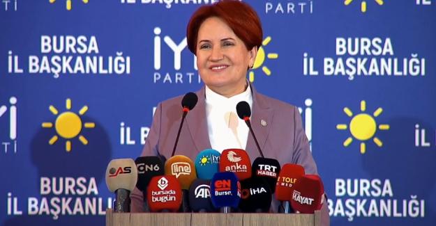 """Akşener Bursa'da: """"Birisi eyvallah etti, dolar bir günde kaç lira düştü, bunların hepsi giderse.."""""""