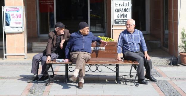 Bursa'da 65 yaş üstü vatandaşlara sokağa çıkma kısıtlaması