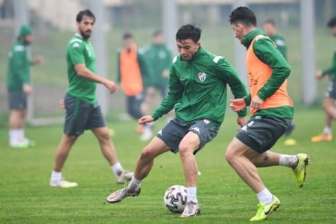 Bursaspor, Adanaspor karşılaşmasına sıkı hazırlanıyor