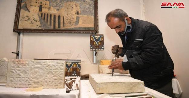 """Suriye'de hayat normal devam ediyor: """"Eski Halep'te Rozana El Sanatları ve El İşleri Fuarı Açıldı"""""""
