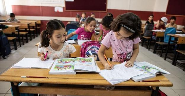 AB'den Türkiye'deki sığınmacılara ek mali destek