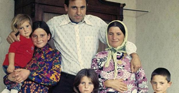 BioNTech'in yöneticisi Uğur Şahin'in sosyal medyada paylaşılan aile fotoğrafı sahte çıktı