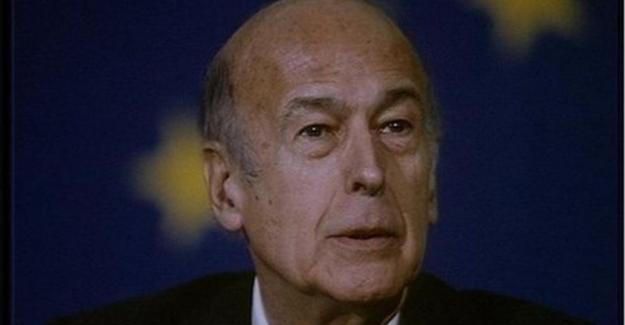 Eski Fransa Cumhurbaşkanı Valery Giscard d'Easting, koronadan hayatını kaybetti