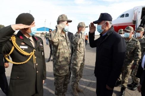 Millî Savunma Bakanı Hulusi Akar ve Komutanlar Libya'da
