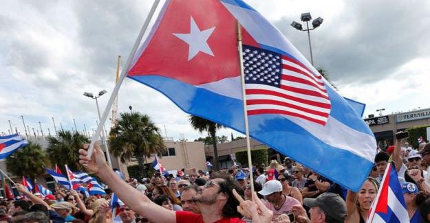 """ABD Küba'yı tekrar """"terörü destekleyen ülkeler"""" listesine aldı"""