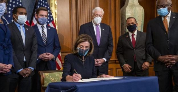 Amerikan Temsilciler Meclisi'nin azil kararı Trump, Biden ve ABD için ne anlama geliyor?